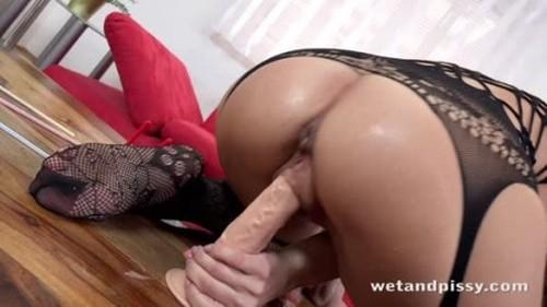 Teens Pissing, Pee, Urina Video 3754