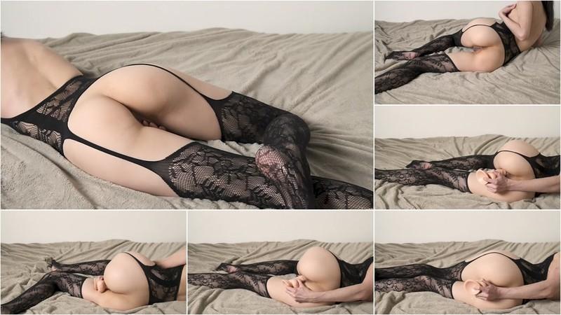 LizaShultz - Hot Liza Shultz Masturbations with her Dildo. [FullHD 1080P]