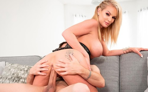 Busty Milf Rachael Cavalli Loves Cum In Tits [HD]