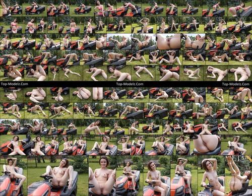 [Metart] Kertu - Lawn Service cover_59700317