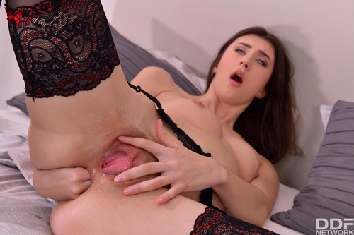 Lina Luxa - Hot Ass Fisting Solo (2020/FullHD)
