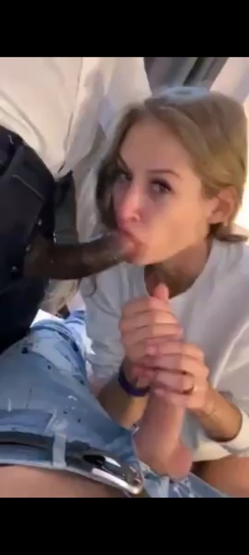Black Girl Sucking Dick