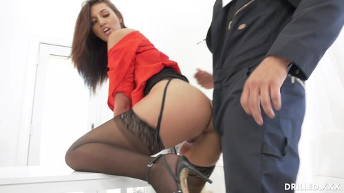 Gets The Janitor To Fuck Her Ass [HD]