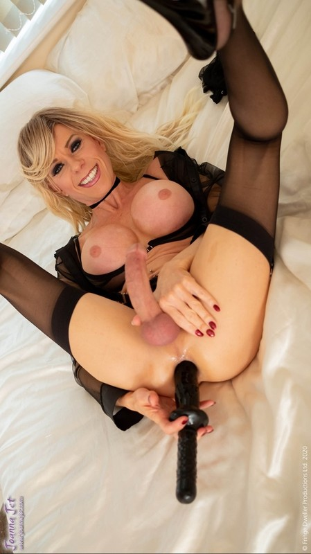 Joanna Jet – Me and You 391 – Sheer Black (24 January 2020)