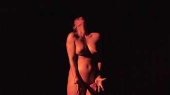 Celebrity Content - Naked On Stage - Page 26 T9pnt2nysb2d
