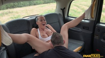 FakeTaxi Texas Patti E701