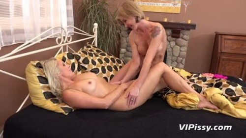 Ellen Milion Swallowing Sweet Nectar - Extreme Pissing Video