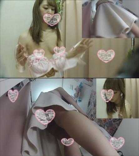 すました顔したお嬢様JDのおすましおっぱいブラ試着 僕のお店の試着室32