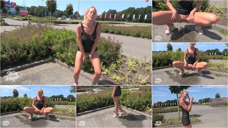Miley-Weasel - Die naechste Riesenpfuetze fuer Dich [FullHD 1080P]