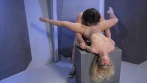 Nicki Blue - Mork And Mindy: A XXX Porn Parody sc3