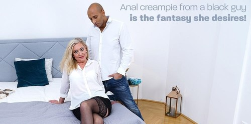 Blonde Mature Lady Loves To Gets Fucked By A Black Guy [FullHD]