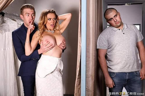 Jess Scotland - Jess Screams Yes For The Dress (FullHD)