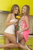 Viola & Vanessa - Sweet Pair (x120)