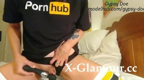 Grinding Off My Giant Clit [FullHD]