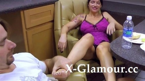 Foot Rub Into Fucking [HD]