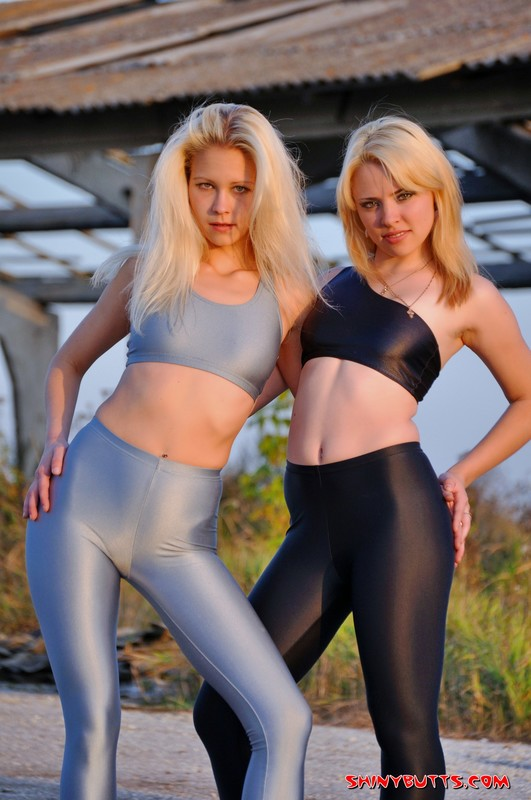 hot lesbian teens in skin tight lycra clothes