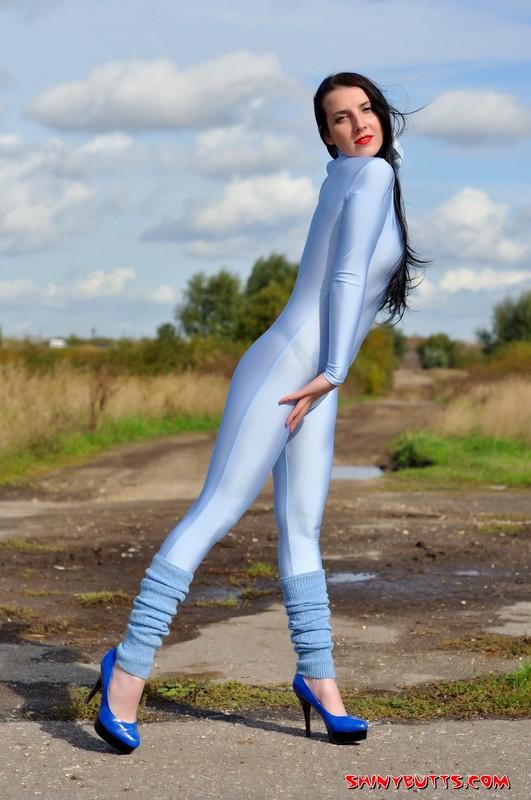 lustful model Irina in catsuit & high heels