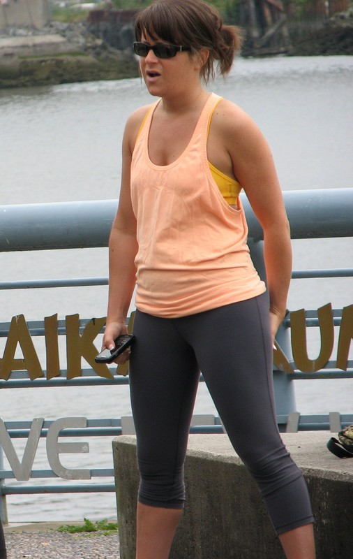 hot milf workout leggings voyeur photos