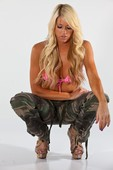 WWE Diva Kelly Kelly Topless Pics (with Nipple) from Photo Shoot