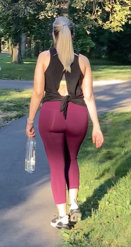 curvy jogger milf in burgundy leggings