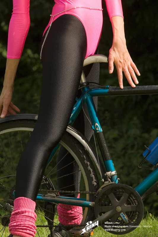 hot bicycle chick Linda in leotards & leggings