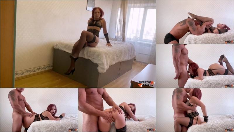 Sweetie Fox - Boyfriend Sensual Pussy Licking and Hard Fucking Sexy Babe in Stockings [FullHD 1080P]