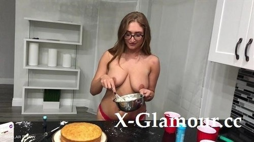 Cake Cake Cake! Baking And Playing [HD]