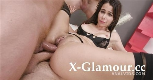 Jessy Jey - 4On1 Balls Deep Anal, Dap, Gapes Creampie And Swallow Gio1611 [SD/480p]