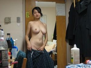 [Image: uq1xdio4lcnd.jpg]