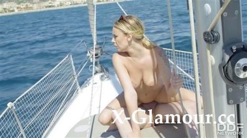 Lya Missy - Kinky Cruising (HD)