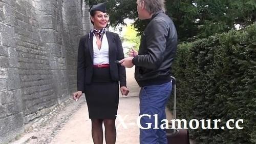 Clelie - Jacquie Et Michel Tv 2019-04-11 [SD/480p]