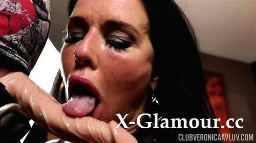 Veronica Avluv - In Loose And Suck Cock!
