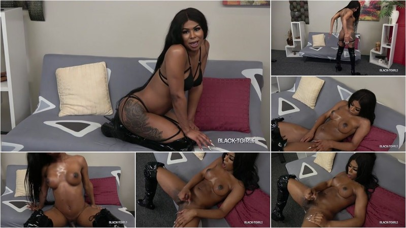 Theshaybarbie - Theshaybarbie Strokes And Cums! [HD 720p]