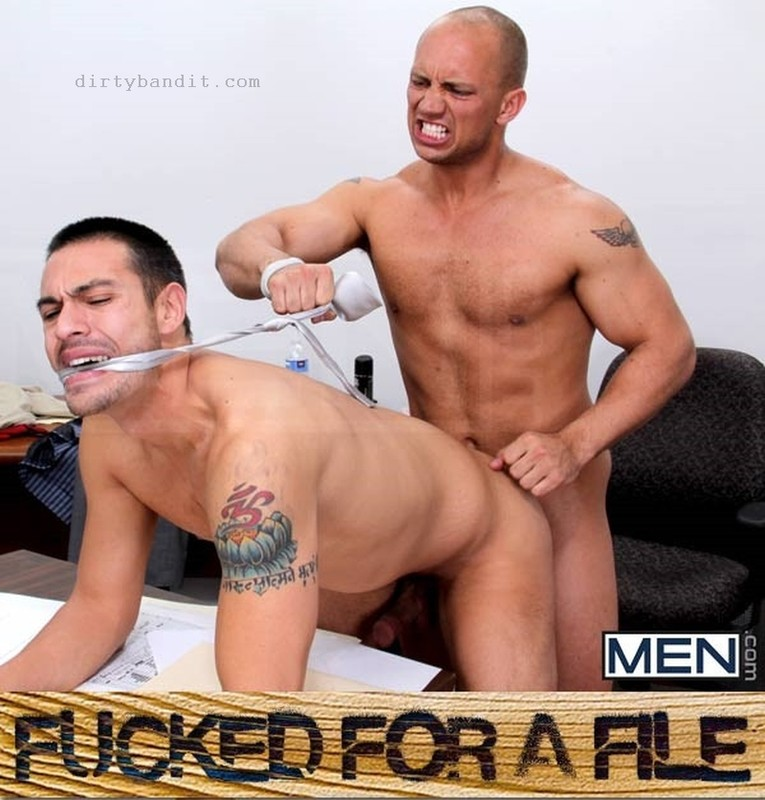 MEN - Fucked For A File: John Magnum, Emanuel Brazzo