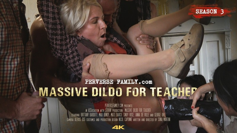 Massive Dildo for Teacher [FullHD 1080P]