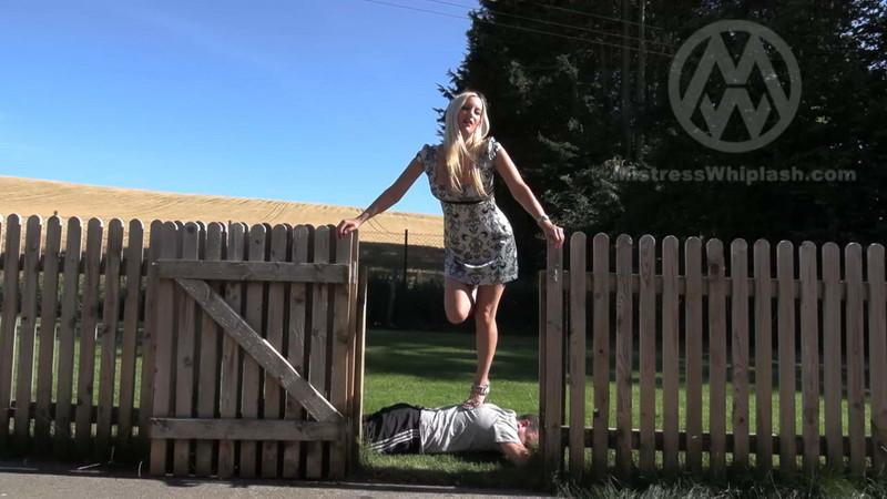 Mistresswhiplash - Wl1517 : Nikki Tramples Human Doormat Outdoors In Sexy Louboutin Heels [FullHD 1080P]