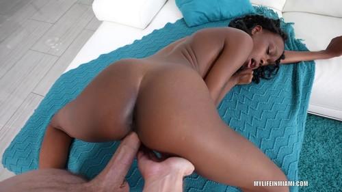 Mila Mars Little Porn Newbie