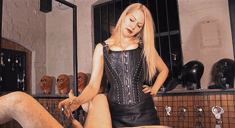 Eleise de Lacy - Racked For Mercy [FullHD 1080P]