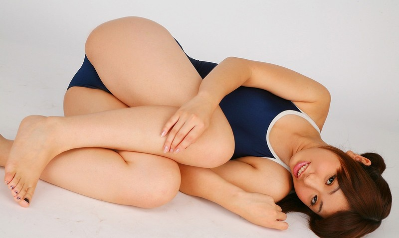 horny jav chick Yuki Katagiri swimsuit fetish photos