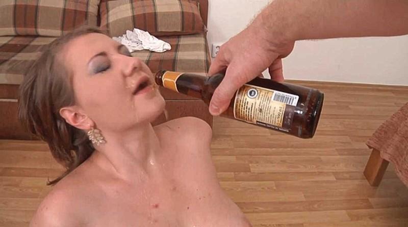 WD Girls - Drunk Anja [HD 720P]