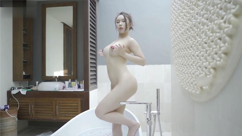 微博新晉女神【倦倦喵】付費大尺度私拍,顏值超級高!