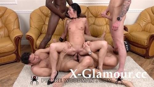 Elvira Black - Xxxx - My First Dap Was With 4 Men (HD)