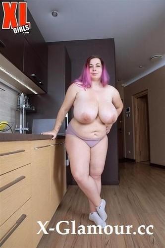 Candy Kat - An Xlgirl Whos A Pussycat (2021/FullHD)