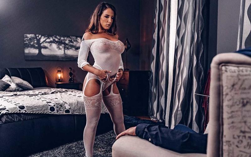 Medusa - Big Ass Latina In Bodystocking - Watch XXX Online [FullHD 1080P]