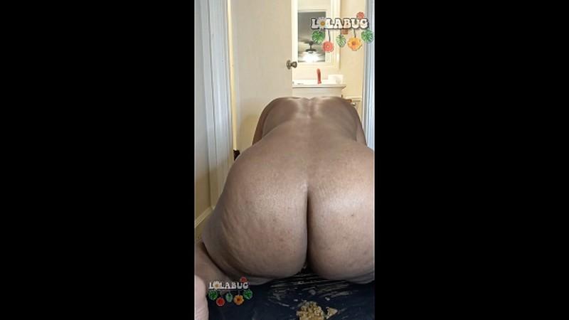 LolaBug - Fat Ass Babe Shits n Farts [FullHD 1080P]