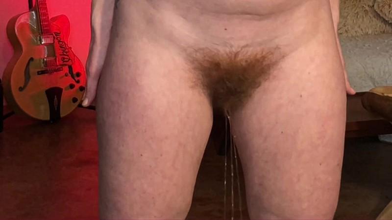 Pee Desperation Minute Piss Sexy Blonde MILF Bunnie Lebowsk [FullHD 1080P]