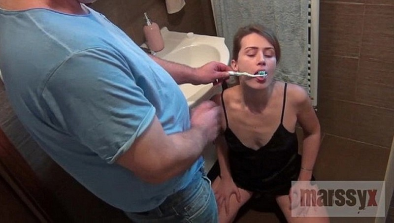 MarssyX - Tooth cleaning cum and piss [FullHD 1080P]