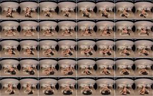 Michaela Isizzu-Ginger Beauty [UltraHD/4K 2700p] SexBabesVR.com [2021/4.31 GB]