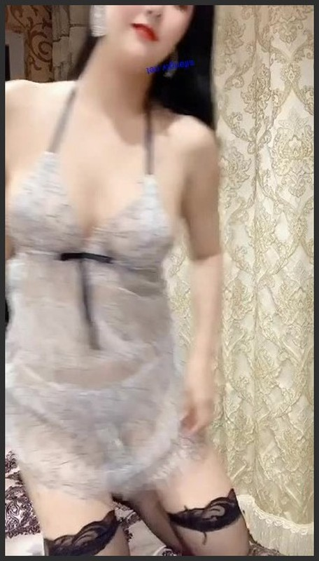 女神主播娜依灵儿 vip私人视频[2V/188M] 其他平台-第2张