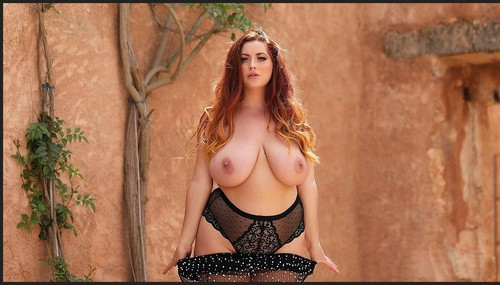 Nothingbutcurves.com- Thirsty For My Thickness